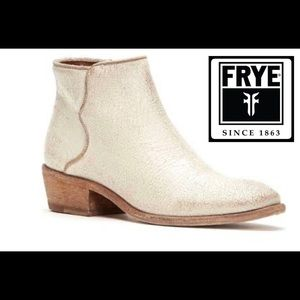 New $258 Frye Carson Piping Ankle Bootie Off White